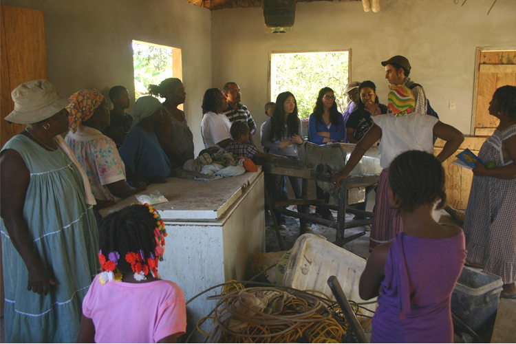 Conversation with women cooperative in Miramontes, discussing the new design for a cassava mill. Photo: Benji Moncivaiz
