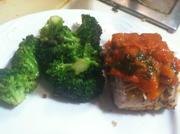 Breaded Chicken with Marinara Sauce and Broccoli