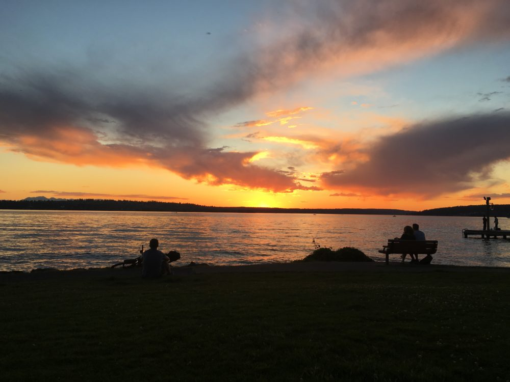 Another picture of Lake Washington. I know I already added one but it's so pretty.