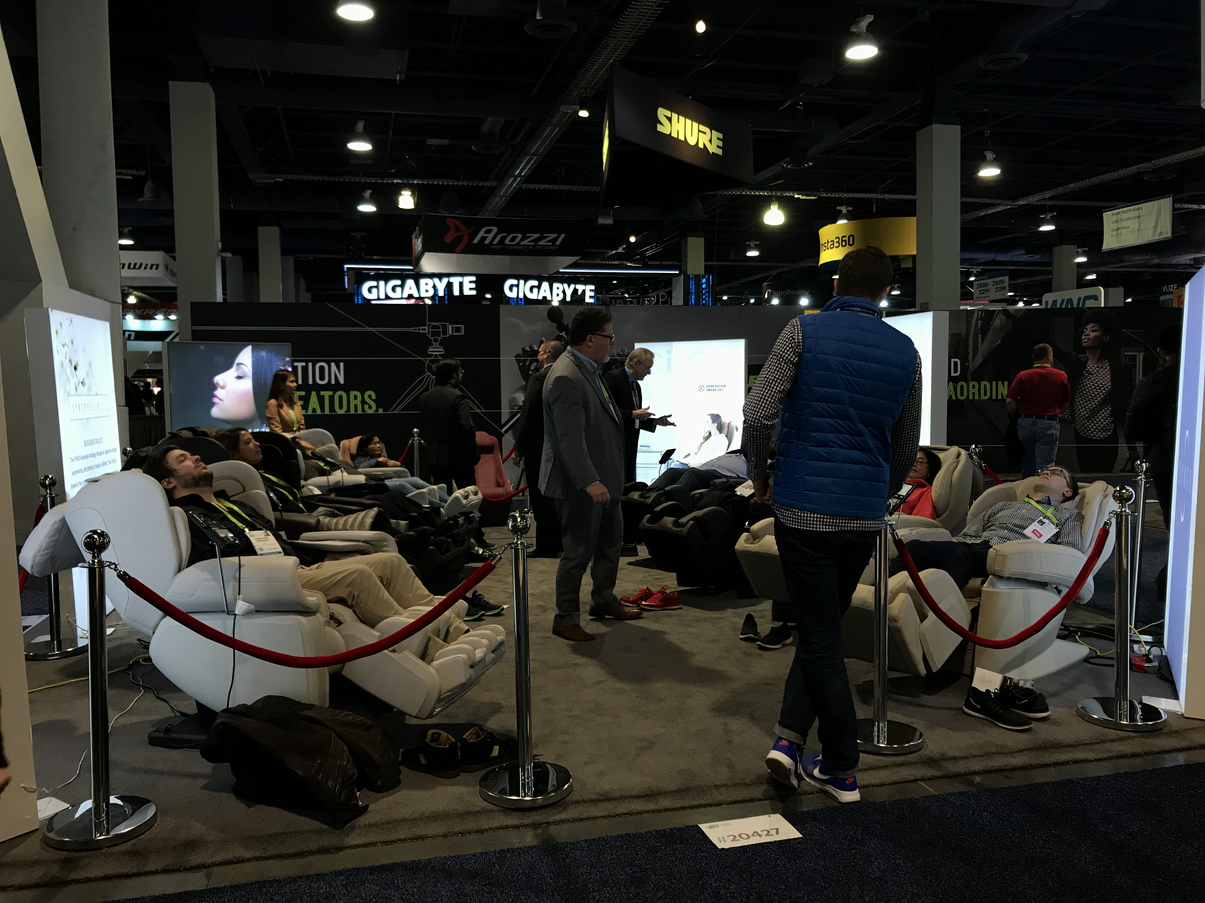 more people in massage chairs at ces