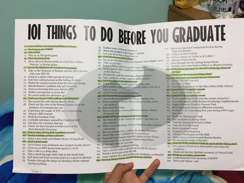 POSTER WITH THE 101 THINGS TO DO BEFORE YOU GRADUATE