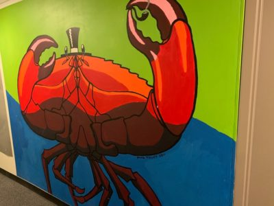 crab with top hat mural