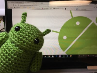 knitted android logo