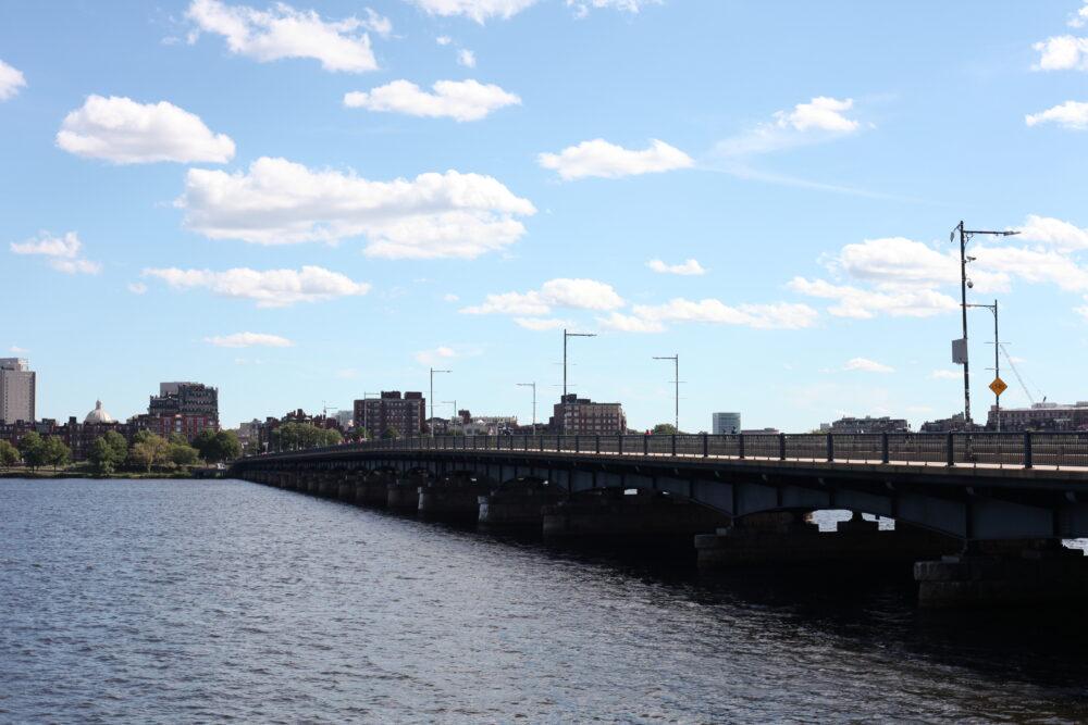 a photo of the Harvard Bridge